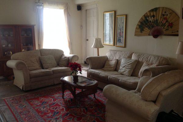 B&B living room